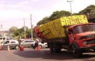 Caminhões com cargas soltas colocam motoristas em risco no Piauí