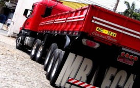 Terceira placa para veículos de carga se torna facultativa