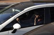 Maio Amarelo alerta motoristas para riscos do celular ao volante