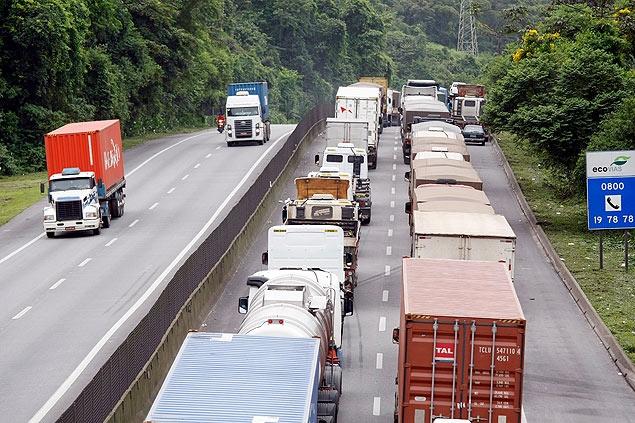 Bolha rodoviária: excesso de caminhões pressiona valor do frete e ...